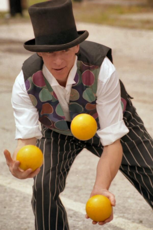 three-balls-1537831